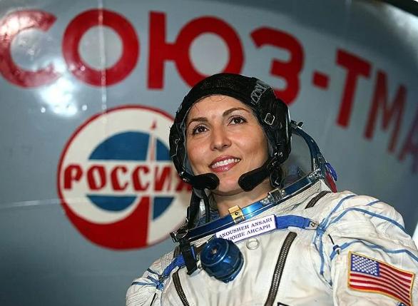 Анюше Ансари, первая женщина – космический турист
